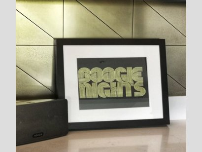 debra triangle close up