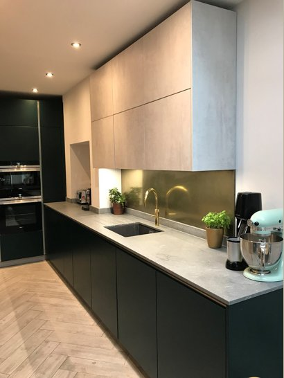 kitchen brass splashback  2