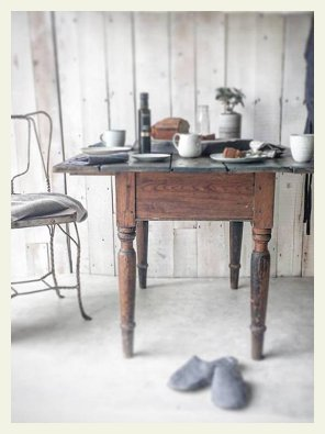 old table cottage drop leaf